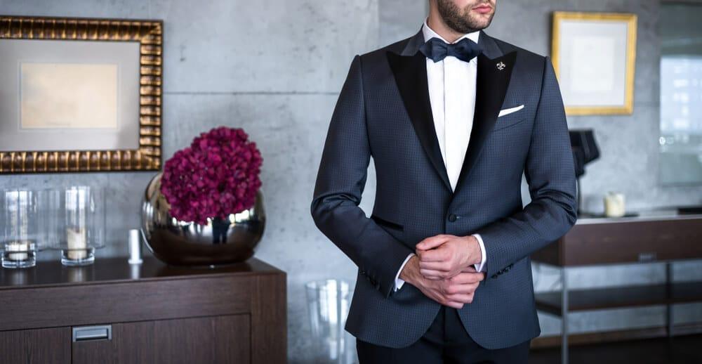 tuxedo smoking