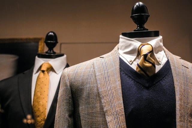 trajes para hombre y la tela fresco