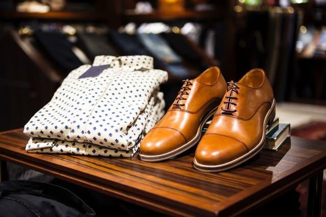 corbatas y accesorios: zapatos para hombres